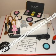Family and Make Up Cake